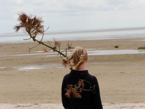 artist Maj Horn exploring the landscape at Fanø, photo credit: Eduardo Abrantes